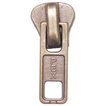 Zipping: 15 - No.9 Metal Puller Single
